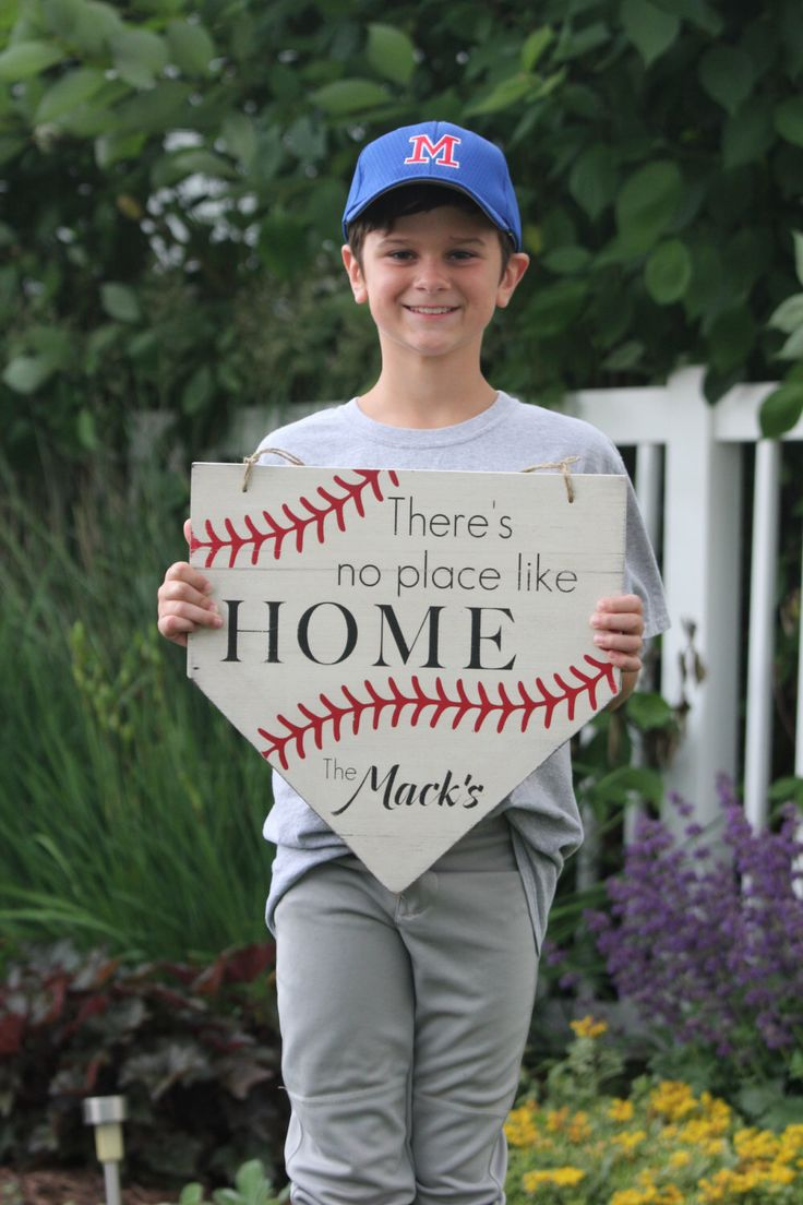 "Personalized Painted Sign, ""There's no place like home"" home plate by WellSpokenWood on Etsy https://www.etsy.com/listing/240732234/personalized-painted-sign-theres-no"