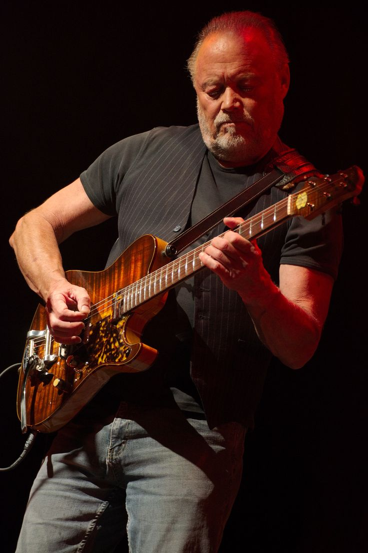 Pat Lennon (the band Venice) with his Asher Master Series T Deluxe