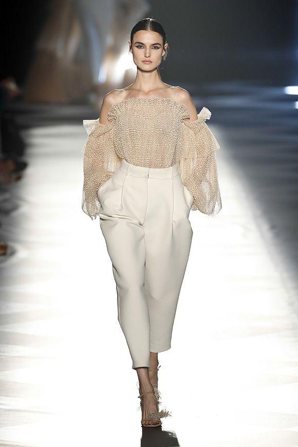 El Desfile De Pedro Del Hierro Moda Moda Para Mujer Desfiles