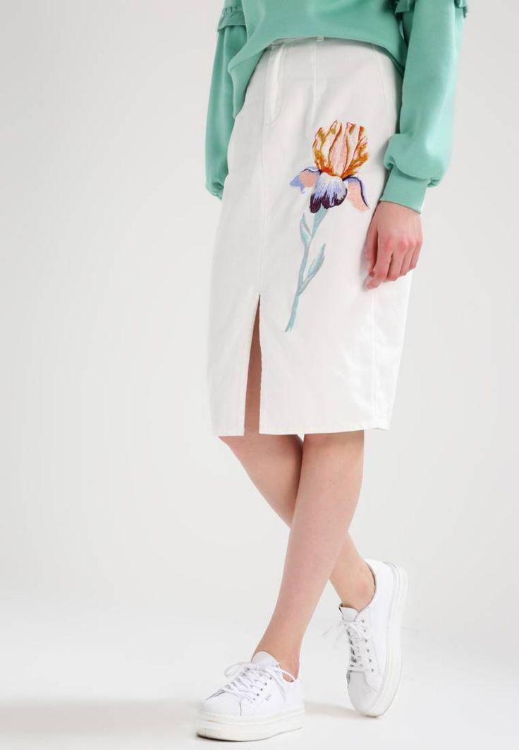 Lost Ink. Falda de tubo - white. Largo de la prenda:68 cm (talla 38). Modelo, altura:180 cm, lleva la talla 38. Cuidados:lavar a máquina a 40 °C,no utilizar secadora,programa delicado. Estampado:de flores. Largo:por la rodilla. Ma...