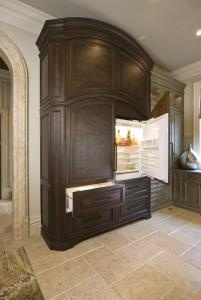 A subzero fridge that looks completely like an armoire.... oh hellz yea!: Dreaming Kitchen, Fridges Kitchen Beautiful, Appliance Showroom, Beautiful Can, Subzero Refrigerators, Kitchen Design, Appliances Built, Concealing Appliances
