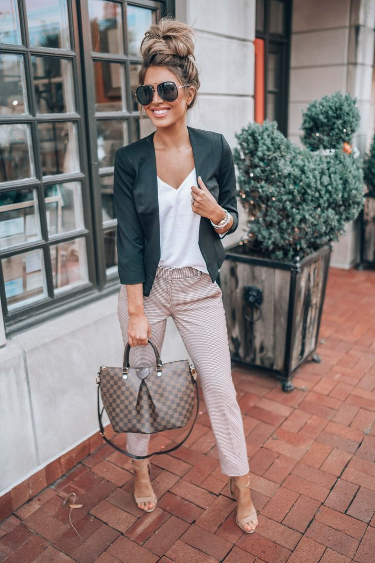 Hollie Elizabeth | A Lifestyle, Fashion & Beauty Blog by Hollie Woodward –  By Holl… | Fashionable work outfit, Work outfits women, Business casual  outfits for women
