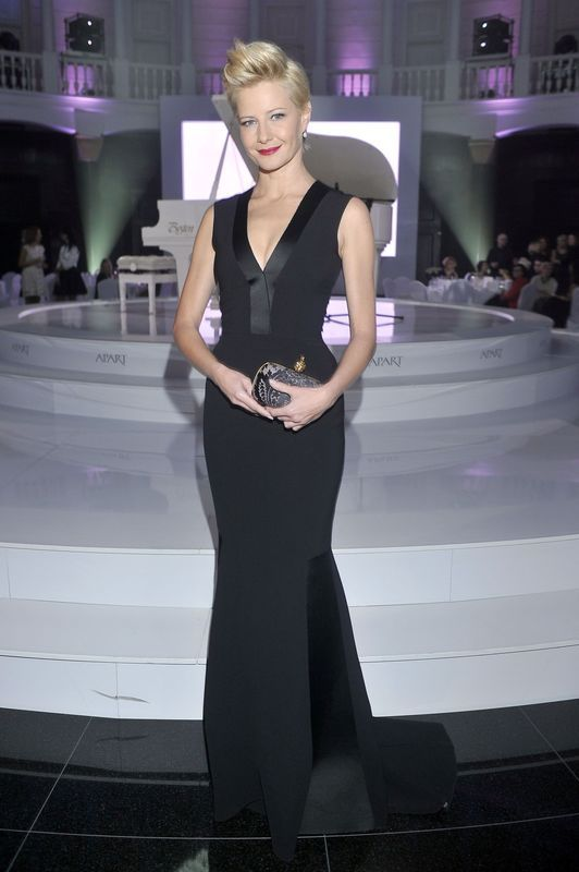 Perłowy jubileusz marki Apart- Małgorzata Kożuchowska w sukni Bohoboco, fot. Akpa/ serwis prasowy