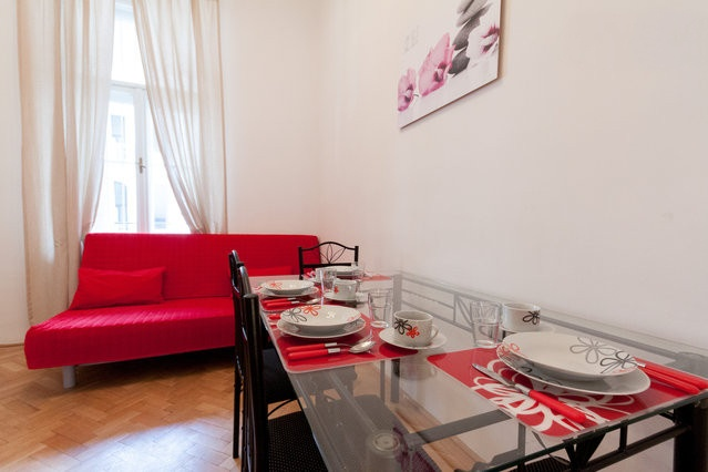 The new restructured living room in apartment on Vaci Street n.9 , one of the best location in Budapest! Only on altracasakft.com