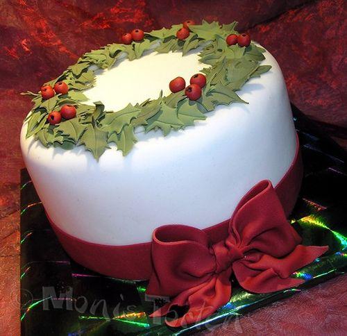 Ilexkranz mit Schleife - Holly wreath with bow   Flickr - Photo Sharing!