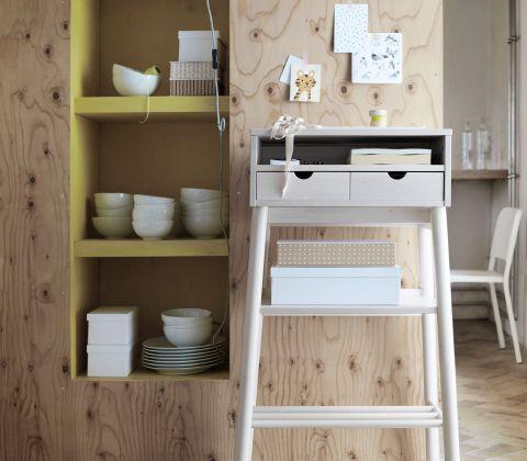 Scrivania in legno massiccio per lavorare in piedi – IKEA