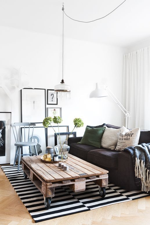 Lovely living room via plaza interiör photo by therese winberg love the couch colour standing lamp white curtains rug and pictures not the coffee