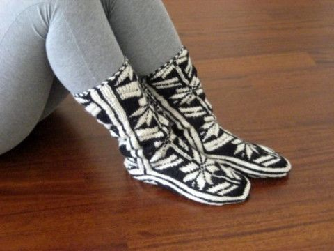 Comfy Slippers ,Black and White Slippers ,Handmade Slippers