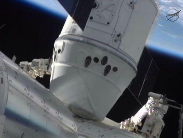 First commercial spacecraft docks with space station!