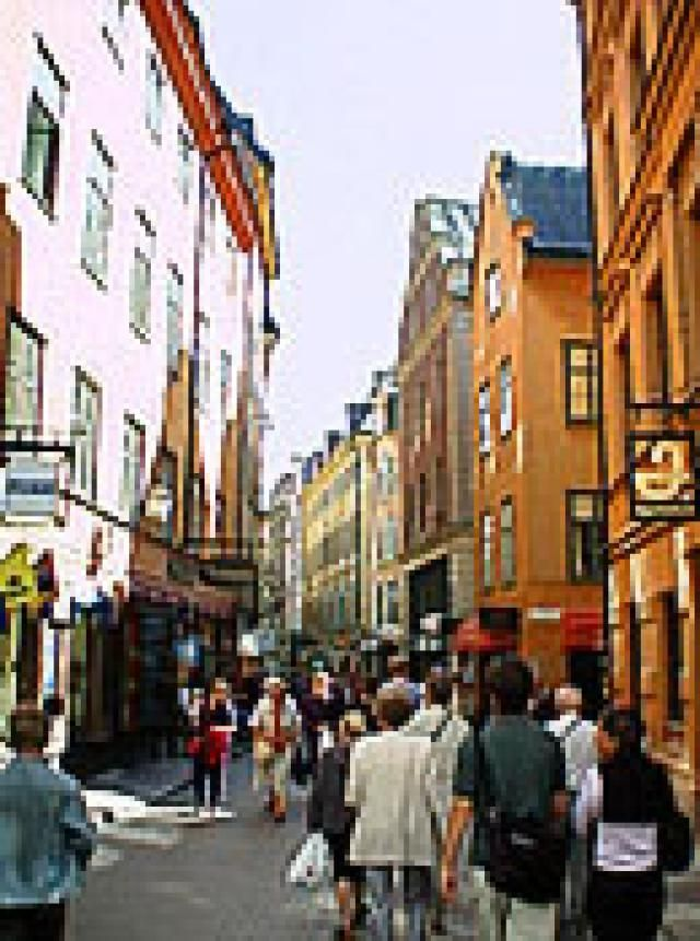 Stockholm Shopping Street - © Licensed to About w/Courtesy of WCities