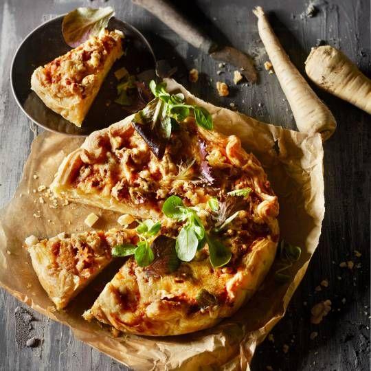 Boodschappen - Pastinaaktaart met walnoten en oude kaas