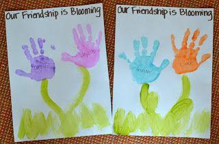 Friendship flowers #friendshipday #friendshipweek #handprintart