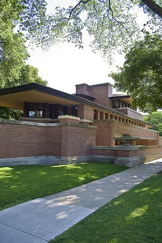 Frank Lloyd Wright, Robie House (1906-1909), Prairie School (Modernism) Wright worked with Sullivan in Chicago; the style he pioneered is known as the Prairie School