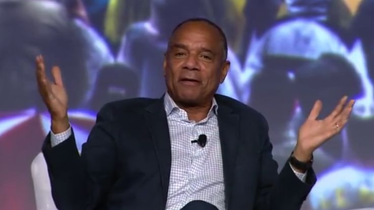 While praising the use case for credits cards, American Express CEO Kenneth Chenault has said he sees potential in blockchain technology.