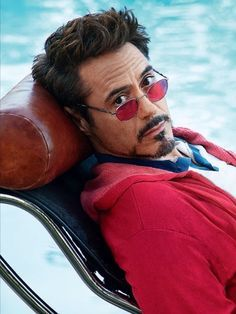Robert Downey Jr. and the red sunglasses