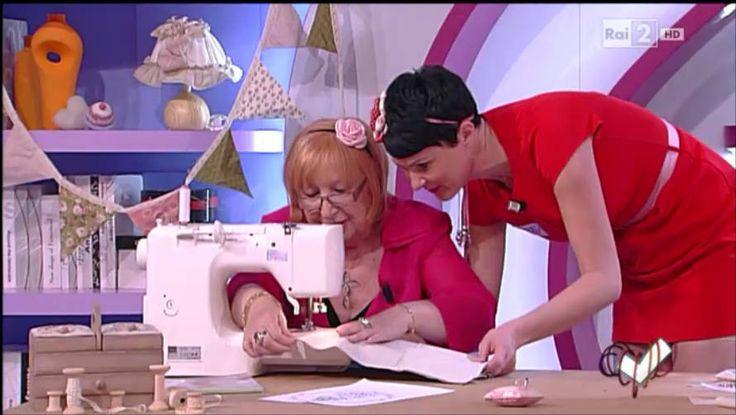 Emanuela Tonioni cuce un copricuscino personalizzato - Detto fatto del 26/05/2014