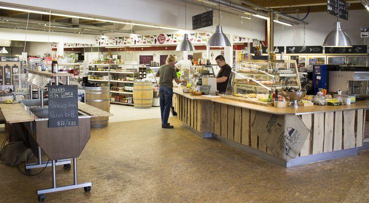 Deli Tukku, Shop #visitsouthcoastfinland #raasepori #Finland #delitukku #cashier #customer