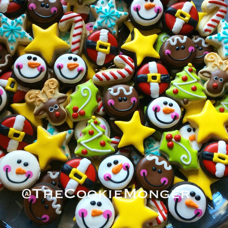 Fun Christmas Mini Cookies ~ The CookieMonger ~ We can turn any idea into awesome cookies!  Email thecookiemonger@outlook.com.