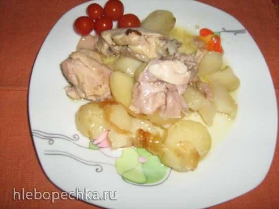 Тушеная курица с картошкой в мультиварке Redmond RMC-01