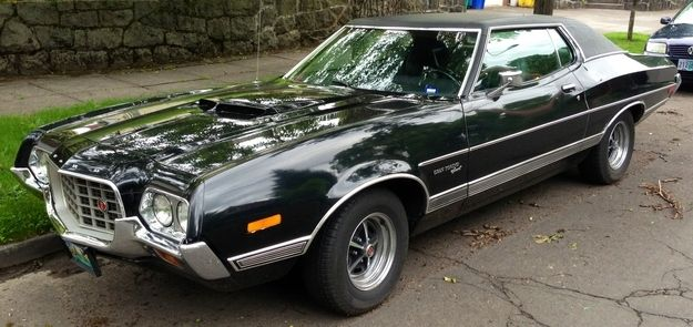 1972 Gran Torino - Gran Torino | The Sexiest Classical Cars In Movie History - Check them out at: http://www.buzzfeed.com/audreyw11/the-sexiest-classical-cars-in-movie-historythe-sex-gsnz