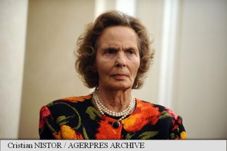 agerpress.ro: The Romanian Royal Family has announced the death of Queen Anne at age 92, August 1, 2016; born Princess Anne of Bourbon-Parma on September 18, 1923, she met King Michael at the wedding of Princess Elizabeth in 1947. Michael and Anne married on June 10, 1948 and had five daughters-Margareta, Elena, Irina, Sophie, Maria-and 5 grandchildren, and 3 great-grandchildren.