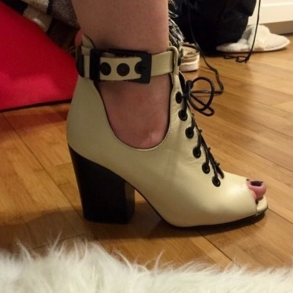 Aldo chunky heeled shoes Off white shoes with black chunky heel and laces. Worn once. ALDO Shoes Heels