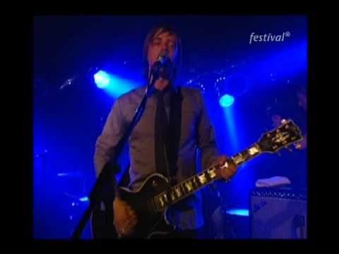 ▶ Interpol - The New (EinsFestival, Germany 2003) - YouTube