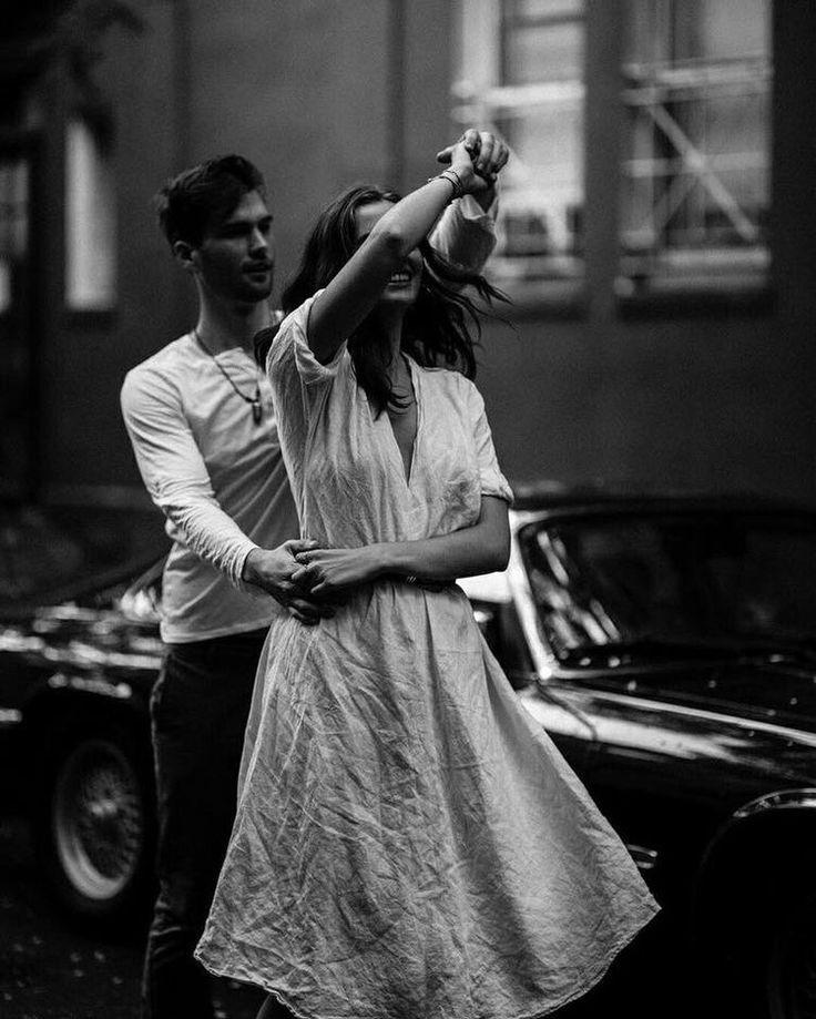 Черные белые картинки парень и девушка