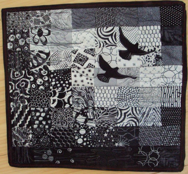 72 best black and white quilts images on Pinterest   Braid quilt ... : black and white quilt patterns free - Adamdwight.com