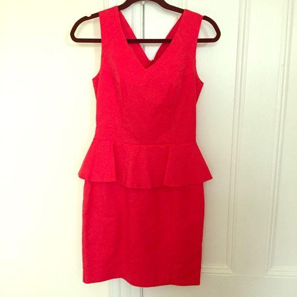 H&M Peplum Dress Red peplum v neck dress. H&M Dresses Mini