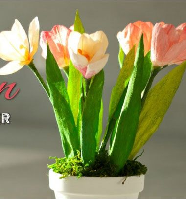 DIY crepe paper tulips - creative spring home decor // Krepp papír tulipánok készítése házilag -  kreatív tavaszi dekoráció // Mindy - craft tutorial collection // #crafts #DIY #craftTutorial #tutorial #easter #easterCrafts #DIYEaster