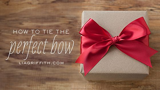 VIDEO: How to Tie The Perfect Bow