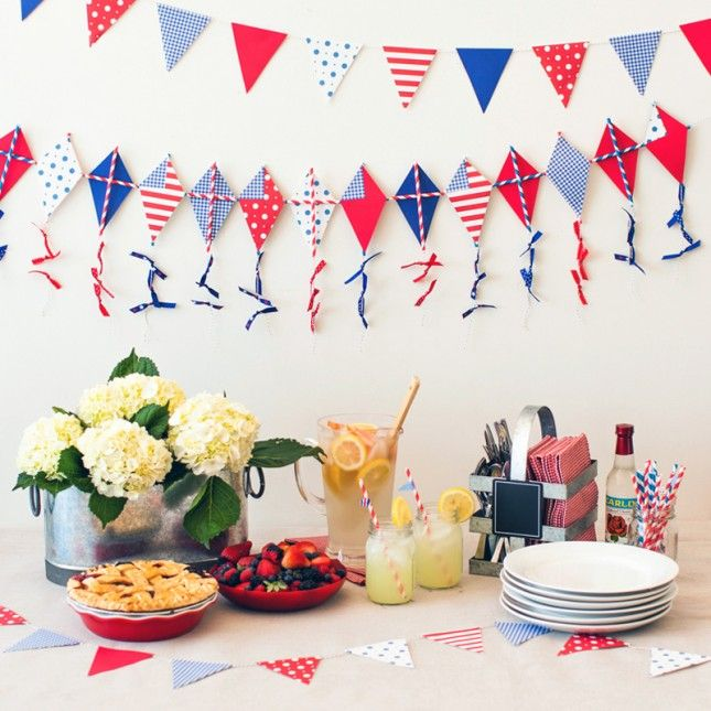 How to Make a Festive 4th of July Kite Garland | Brit + Co.