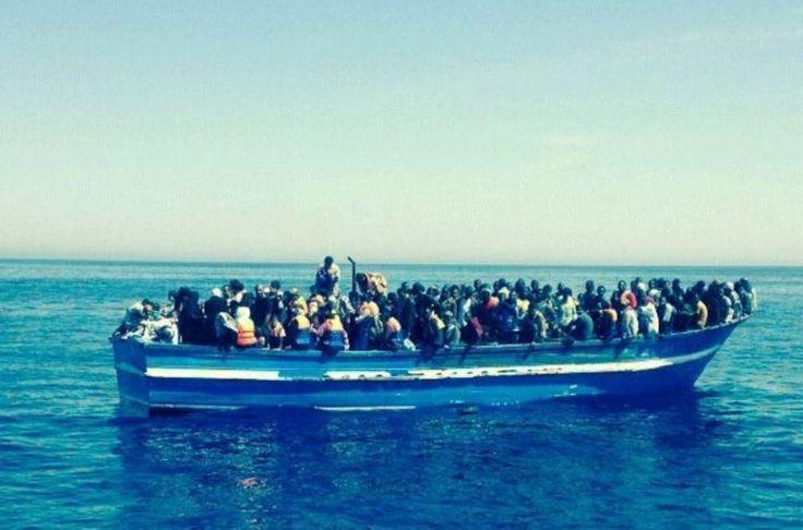Nave Mimbelli soccorre 284 migranti su un peschereccio nello Stretto di Sicilia - http://www.grottaglieinrete.it/it/nave-mimbelli-soccorre-284-migranti-su-un-peschereccio-nello-stretto-di-sicilia/ -   migranti, Mimbelli, soccorso - #Migranti, #Mimbelli, #Soccorso