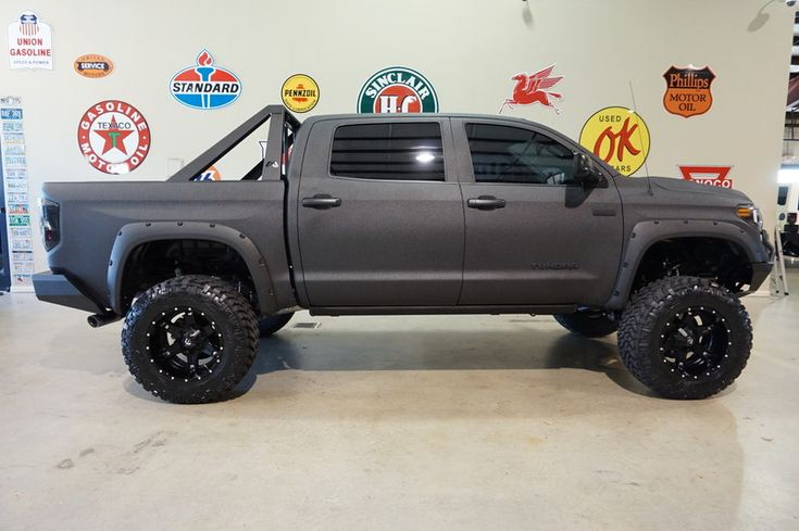2016 Toyota Tundra CrewMax 4X4 CUSTOM KEVLAR,LIFTED,LED'S,NAV,HTD LTH,JL SYS! in ,
