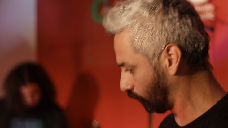 Angelo Pierattini en AE Sessions 2012 http://www.aesessions.cl/pierattini.html