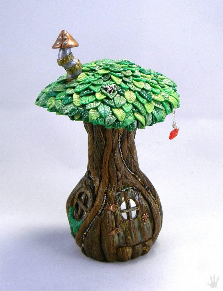 Fairy House by DRAGON TRACKS STUDIO | Polymer Clay Planet