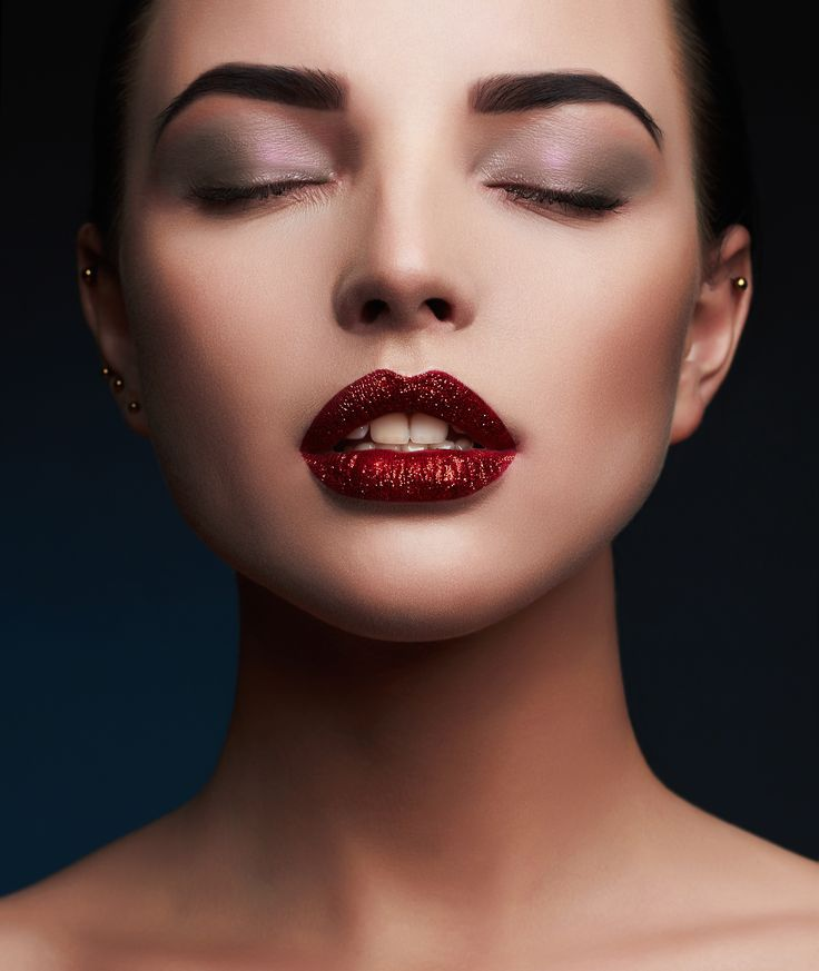 A glittery lip can turn your colour from fun to fabulous. Here's why you glitter is right for you!