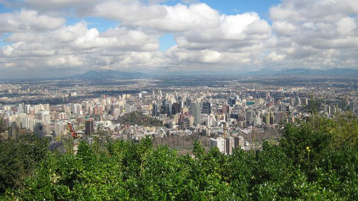 SCL on HD - Panoramic view of Santiago de Chile after a rainy day, completely free of smog.