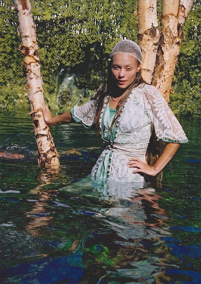 Linda Rybova enjoyed shooting underwater scenes in Wild Flowers.  #WildFlowers #Erben #Waterman #Kytice #Vodnik #LindaRybova