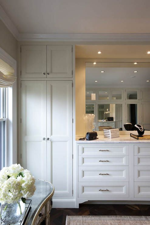 Dressing Room | Crown Point Cabinetry