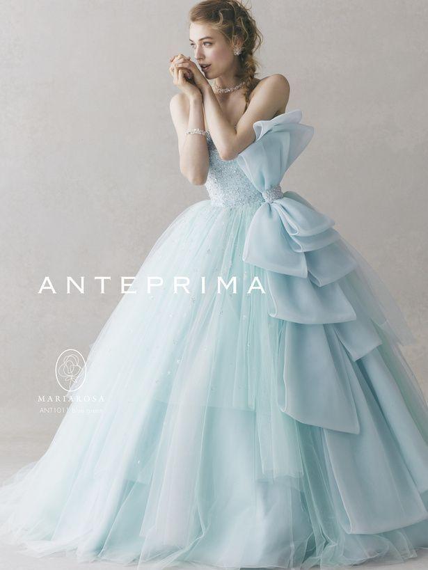 シンデレラブルーにお花を添えて♡カラードレスはお花のドレスに決まり!*ブルー編*にて紹介している画像