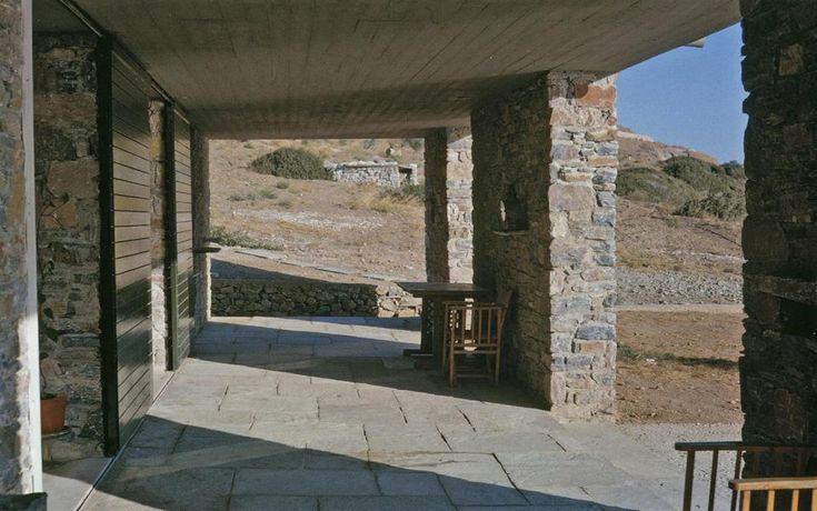 Aris Konstantinidis (1913-1993). Case di pietra, Grecia, 1962-1978. © by Aris e Dimitri Konstantinidis