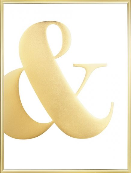 Beautiful poster with an ampersand printed with glossy golden foil with a nice sparkle to it. This poster is a must for anyone who likes typography and gold! It looks fantastic when combined with some of our other typographic or gold posters. www.desenio.com
