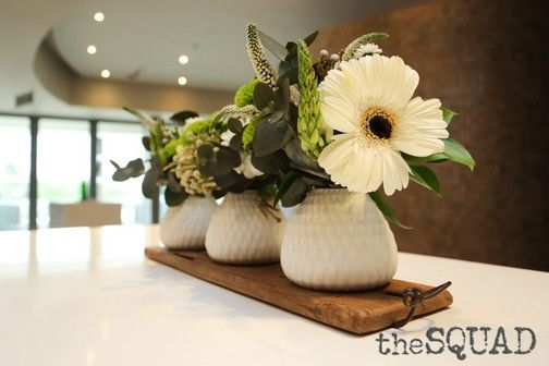 Beautiful indigenous flower arrangements add touches of freshness.