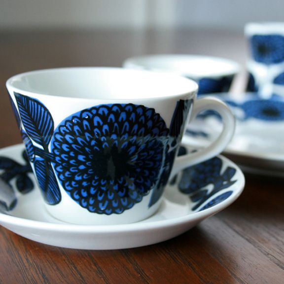 Gustavsberg Blue and Red Aster Coffee Cup from HUSET