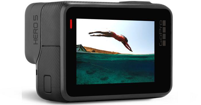 """Filmeaza 4K cu GoPro Hero 5 Black Edition cu stabilizator de imagine, senzor 12 Mp, LCD 2"""" cu Touchscreen, conectivitate Wi-Fi si Bluetooth.Vezi aici pret!"""
