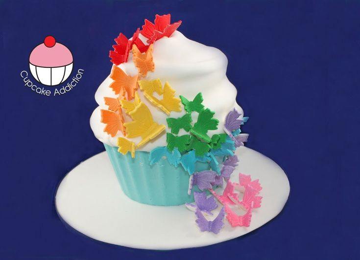Giant Rainbow Butterfly Cupcake - How to Decorate your Rainbow Cake