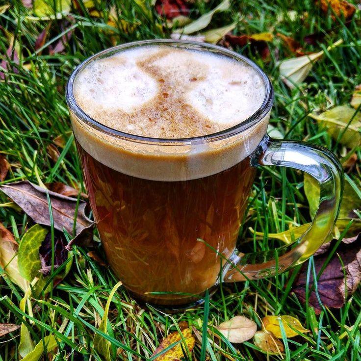 After-Meeting Coffee! Ersteinmal durchatmen #alex #kaffee #coffee #makesyourlifebetter #whisky #singlemalt #kaffeebohnen greenape.life/WhiskyCoffee #herbst #blätter #wiese #frische #luft #durchatmen #greenape #nord #niedersachsen